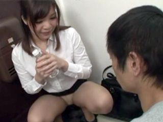 Hot Asian Seller Of Lubricants Present Her Product Into Practice