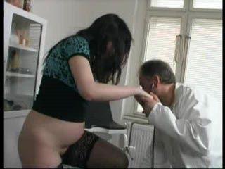 Doctor Fuck Pregnant Girl