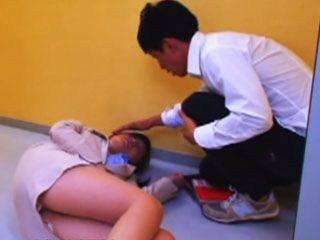Schoolboy Gets Rewarded Well By Sexy Teacher Aki Sasaki For Taking Her To Doctor After She Passed Out In Hallway