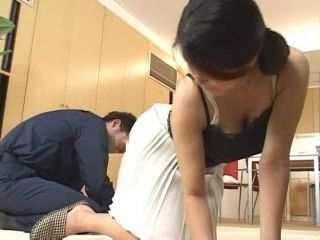 MILF Housewife Left Alone With Young Repairman Got Fucked