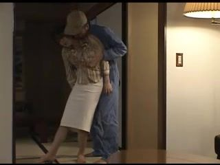 Repairman Attacked And Fucked Japanese Mom