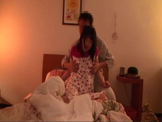 After Birthday Party When His Wife Went To Sleep Stepdad Visited His Daughter Aminami Riona In Her Room