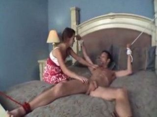 Guy Wokes Up Bond And Tied Up By His Crazy Ex Girfriend