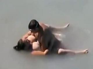 Beach Voyeur Caught BBW Wify Having Sex In The Water