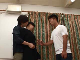 Poor Girl Kazama Moekoromo Curse A Day When She Met Her Boyfriend After He Pimped Her To His Buddy
