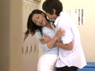 MILF teacher Gets Fucked By Student In locker Room