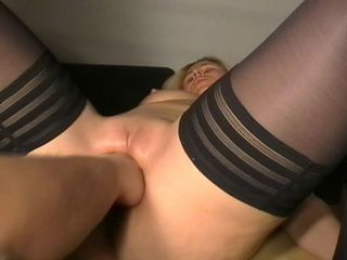 Blonde Amateur Wife In Nylons Gets Well Pussy Drilled With A Fist
