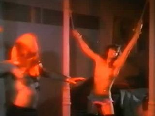 Con las Bragas en la Mano (1982) xLx