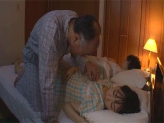 Stepdaughter Ami Kumo Gets Roughly Fucked By Stepdad Beside Her Sleeping Brother
