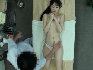 Erotic Oil Massage Is Excellent Way To Relax If You Dint Have A Boyfriend