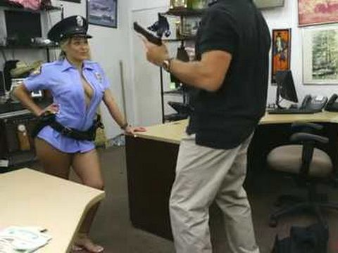 Milf Police Officer Knows How To Bargain To get A Better Price