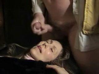 Facial Cumshot For Amateur Mature Wife