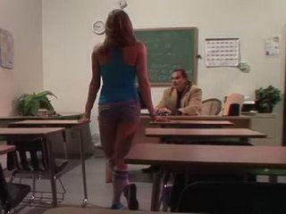 Hot Schoolgirl Knows How To Get Higher Grades