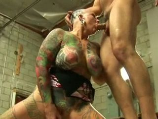 Full Body Tattooed Woman Gets Her Pierced Pussy Fucked and Cumshot On Her Bald Head