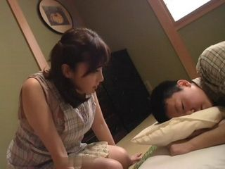 Stepmom Mio Takahashi Cheer Up Her Sad Stepson