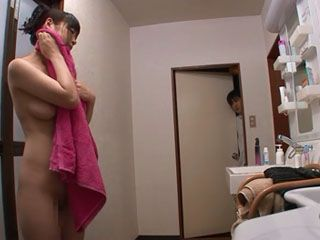 Sonny Boy Swooped Busty Stepmom Nao Mizuki After She Taking Shower And Made Her To Give Titjob