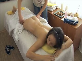Teen Girl Assaulted And Fucked During Massage