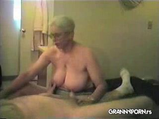Homemade Amateur Granny Giving Handjob to Grandpa
