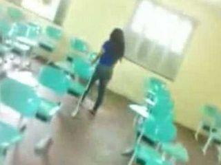 Amateur Brasilian Teen Fucked In A Classroom Between Classes