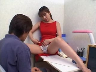 Mother Kasumi Matsui Knows How To Motivate Her Bad Student Son To Study Better