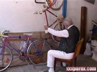 Grandpa Bicycle Repairman Fuck Teen In Garage