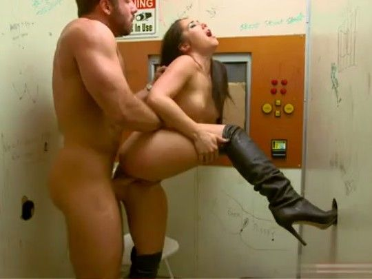 Violent Girl Gets Creampie Punishment By Stranger In Out of Order Elevator